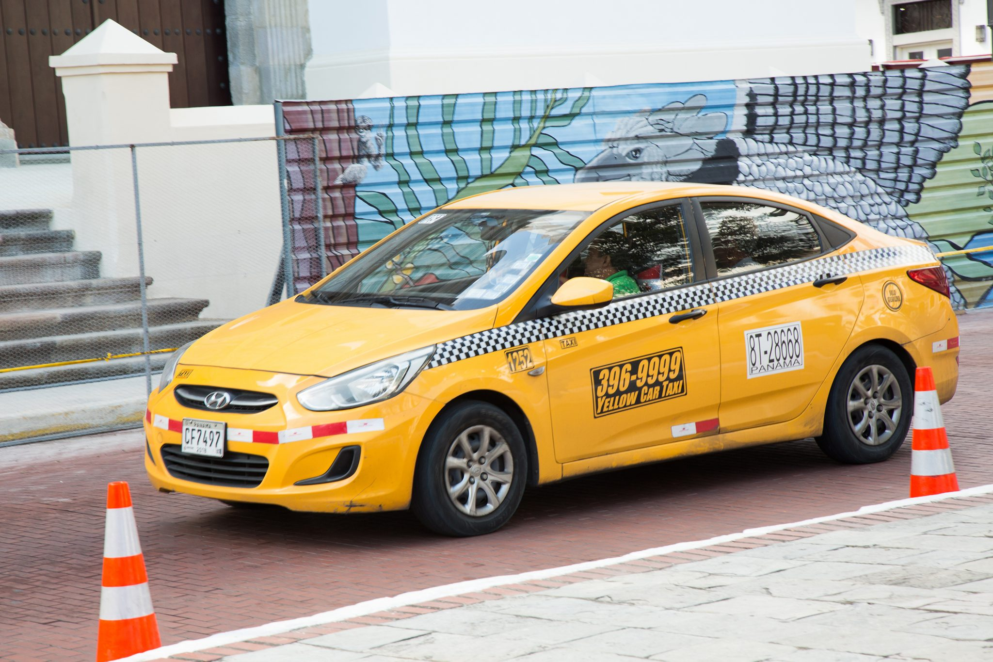 10. Taxis